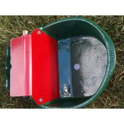 Poidło pływakowe dla bydła...